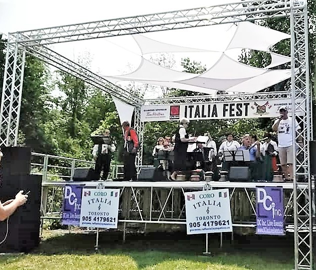 Stage with live music at the Italiafest Milton